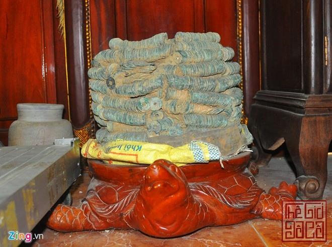 Đại gia Bắc Ninh với 6 tấn chum tiền độc chum tiền cổ