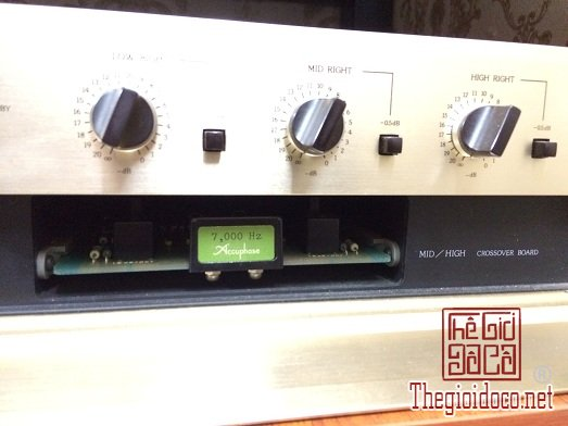 Accuphase Electronic Frequency Dividing Network Model - F15 (4).jpg