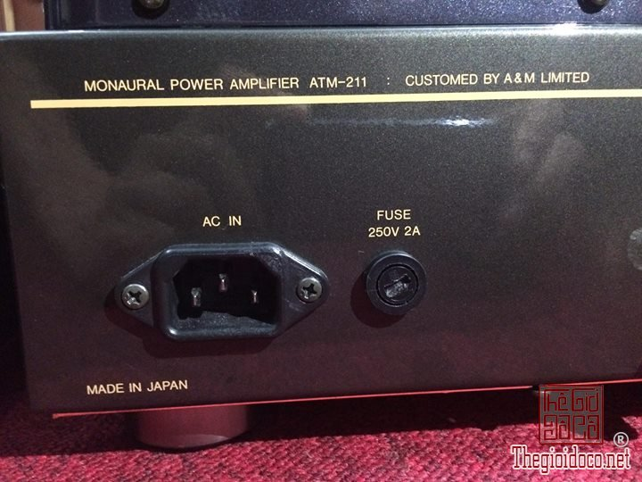 AIR TIGHT monaural mono block power amplifier ATM-21 (10).jpg