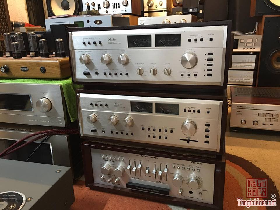 Ampli Accuphase 303X  (1).jpg
