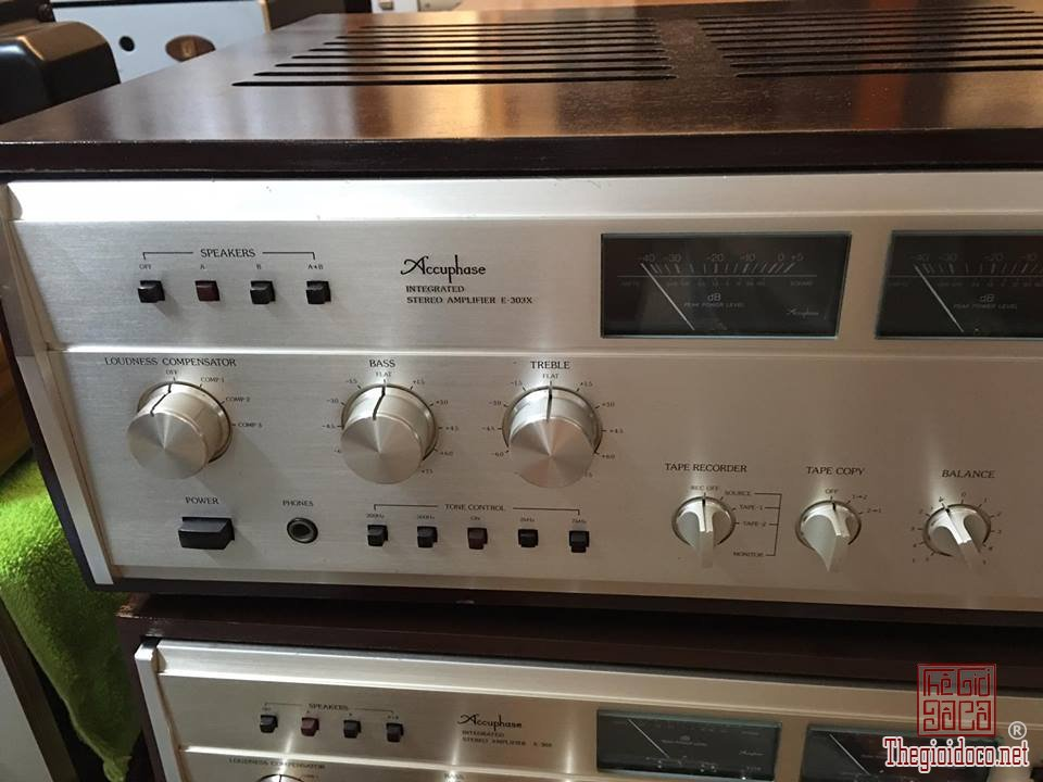 Ampli Accuphase 303X  (10).jpg