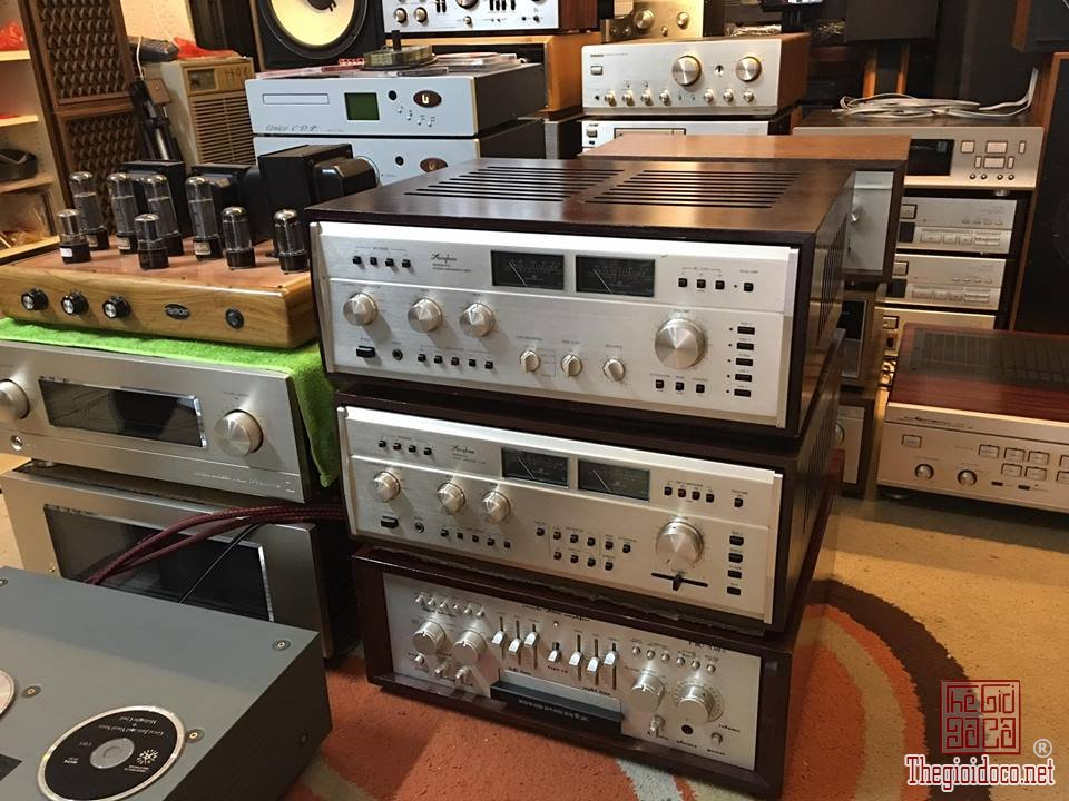 Ampli Accuphase 303X  (12).jpg