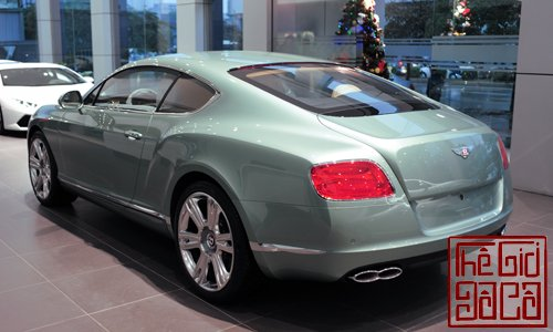 bentley-continental-gt-v8-mau-doc-tai-ha-noi-3.jpg