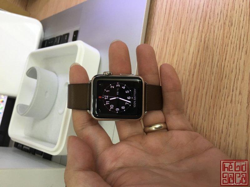 can-ban-apple-watch-38mm-stainless-steel-buckle-brown-leather-1.JPG