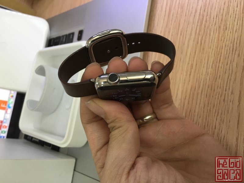 can-ban-apple-watch-38mm-stainless-steel-buckle-brown-leather-4.JPG