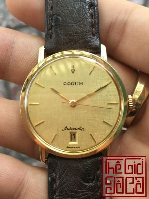 Corum Automatic 18K (6).jpg