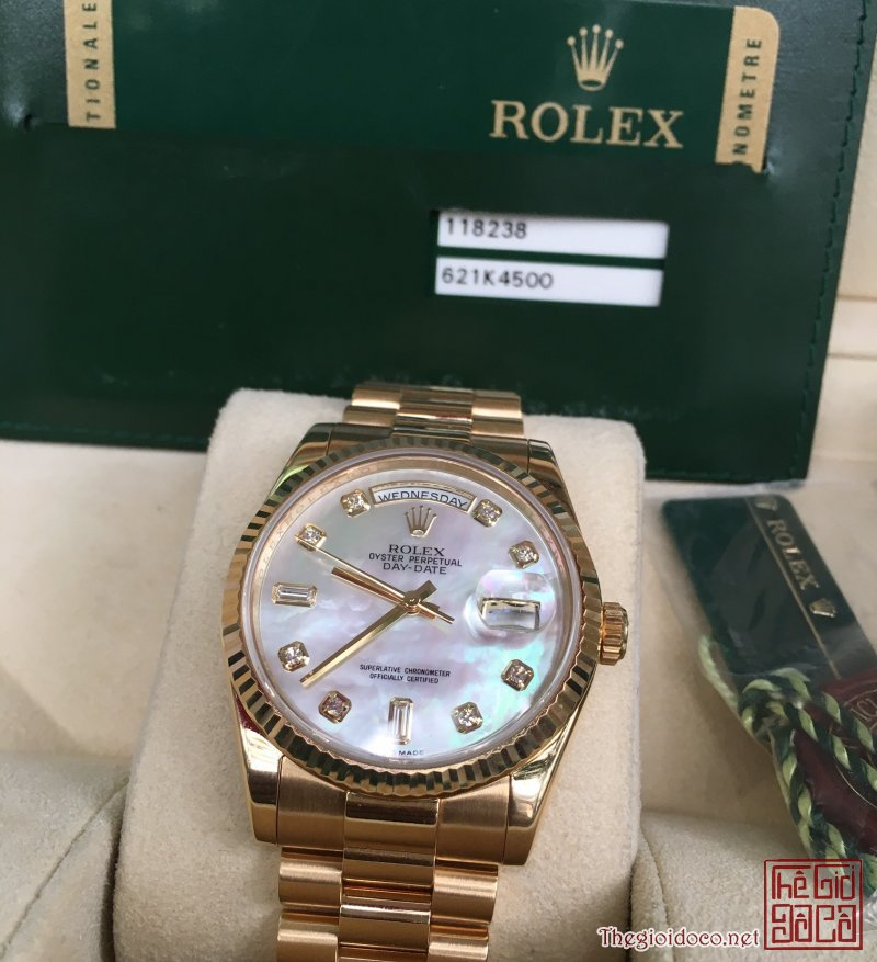 dong-ho-rolex-chinh-hang-day-date-118238-hat-xoan-size-36mm1.jpg