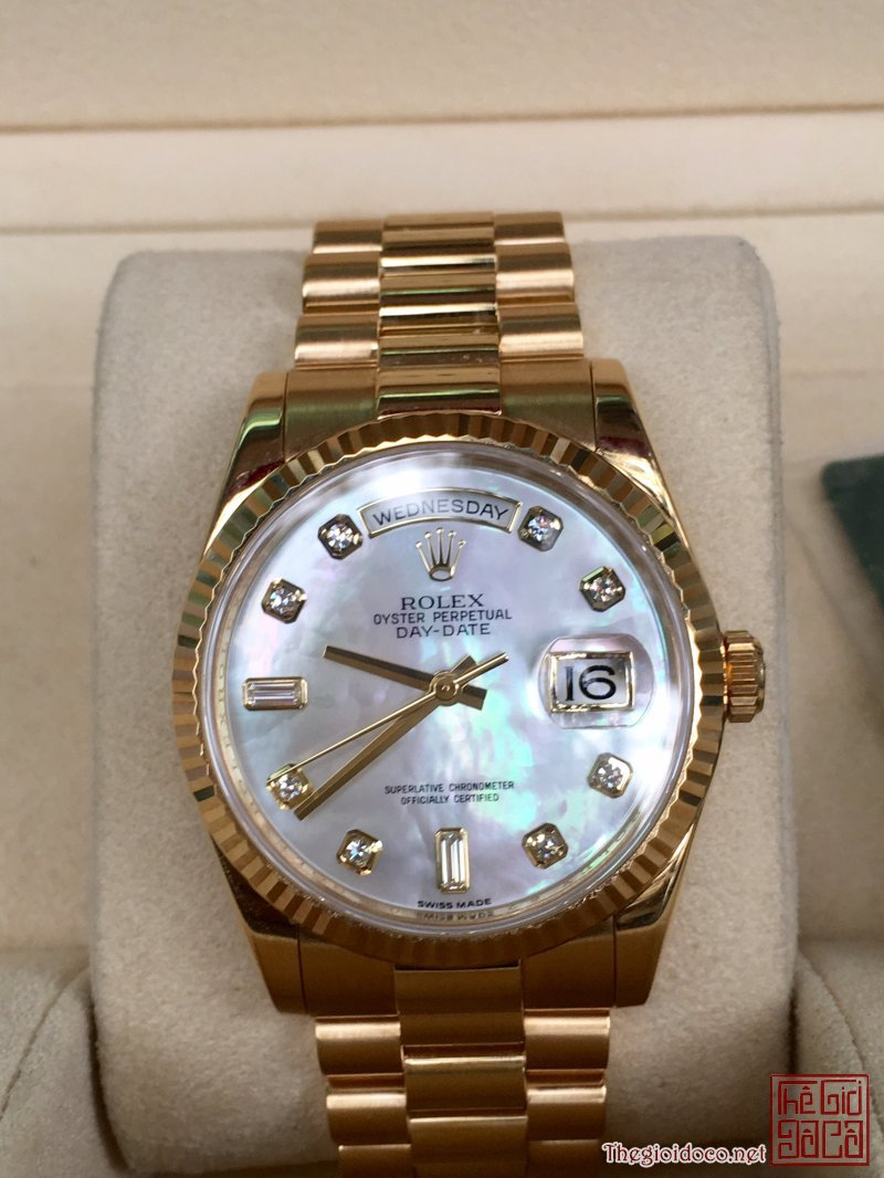 dong-ho-rolex-chinh-hang-day-date-118238-hat-xoan-size-36mm7.jpg