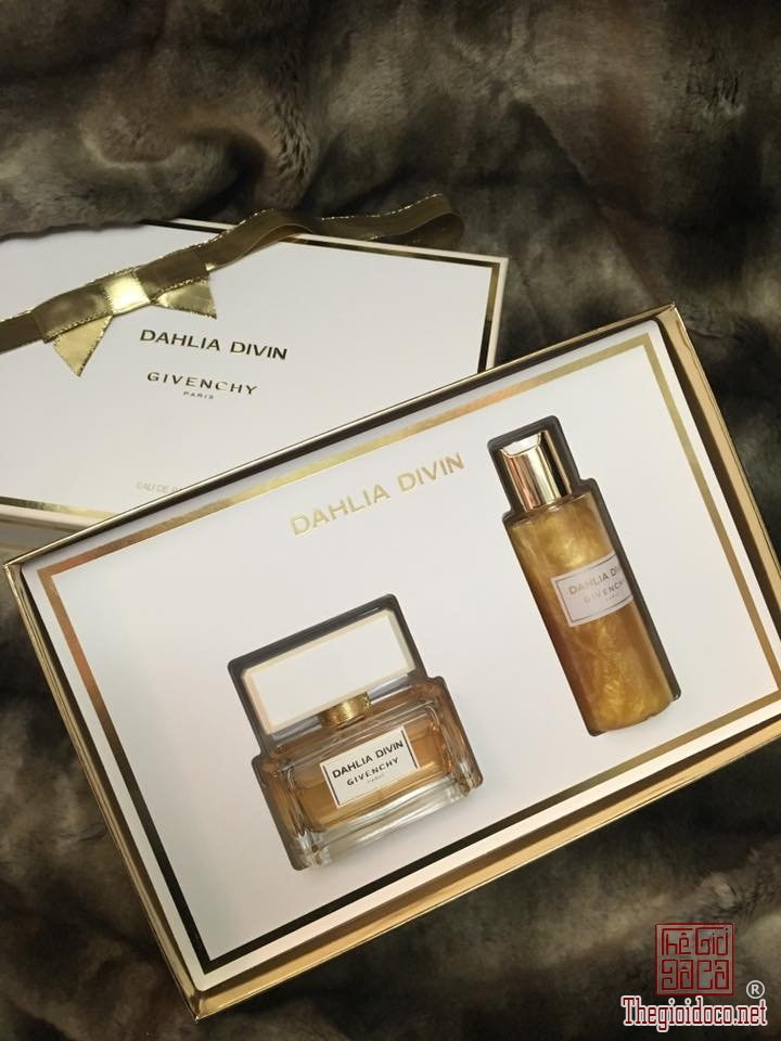 Giftset-Givenchy-Divin-edp  (4).jpg