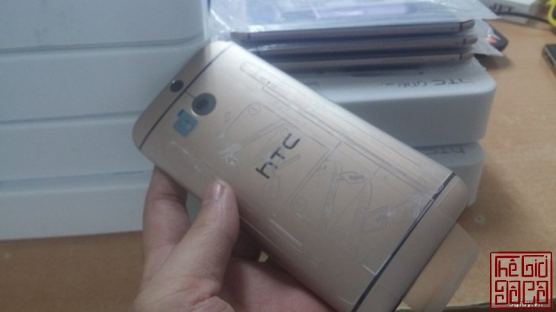 htc-one-m8-gold-32gb-moi-100-full-box-gia-4tr200k-4.jpg