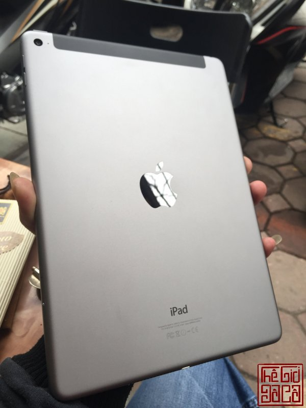 ipad air 2 grey (2).jpg