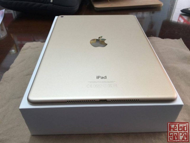 [ipad.air.2]ipad.air.2.16gb.wifi-02.jpg