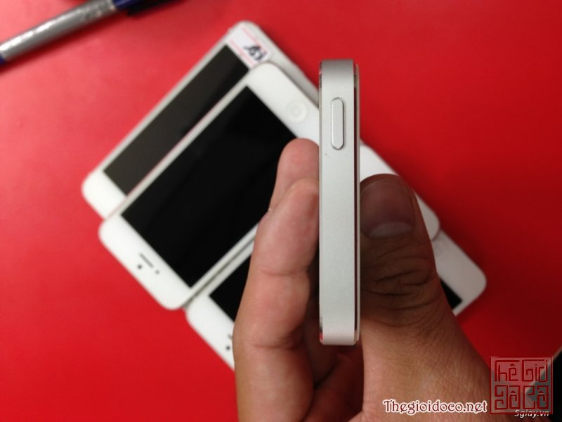 [iPhone5.white.16gb-04.JPG