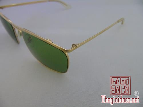 [kinh]mat.kinh.ray.ban-do.xua-do.co-05.jpg