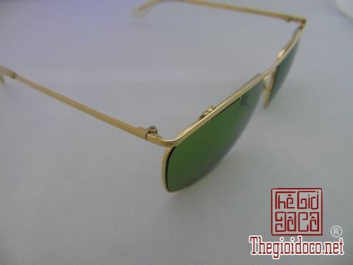 [kinh]mat.kinh.ray.ban-do.xua-do.co-06.jpg