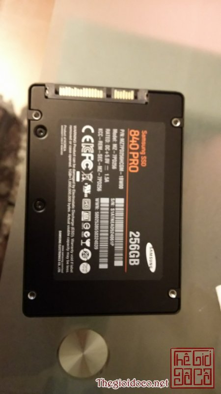[lap.top]o.cung.ssd.256.gb-02.jpg