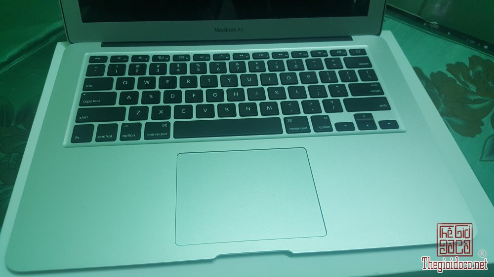 macbook.air-Mjvd2-macbook.sai.gon-macbook.cu-sua.chua.macbook (7).jpg