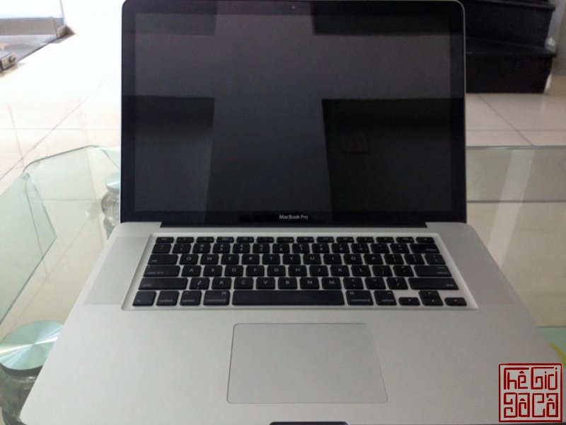 macbook-pro-mb470-15-inch-core-2-2-4-ghz-4gb-hdd-500gb-den-ban-phim-3.jpg