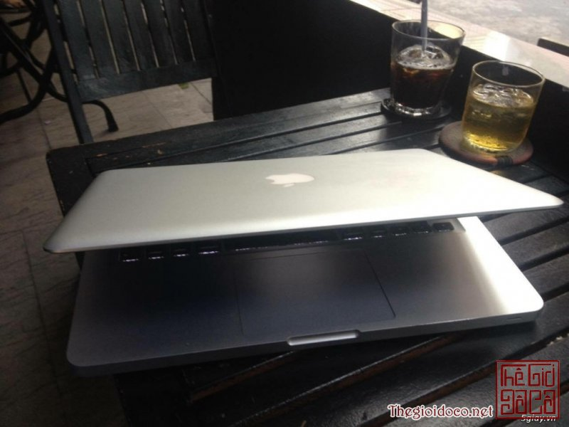 [may.tinh.bang]macbook-2011-core-ị-03.jpg