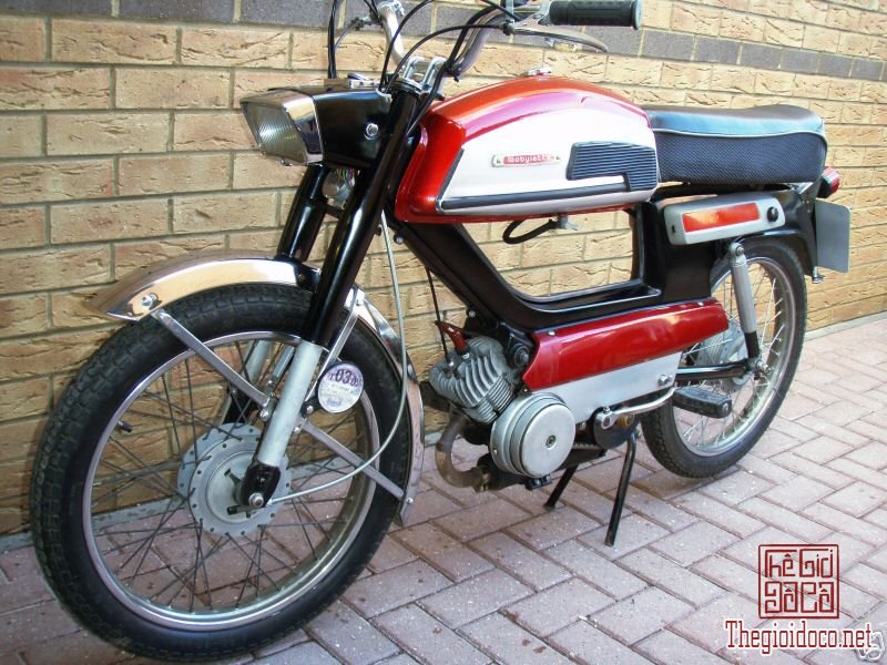 Mobylette.SP93.Moped.jpg