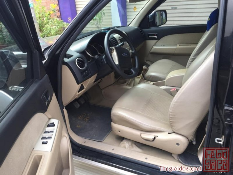 [o.to]ford.everest.2007-04.jpg
