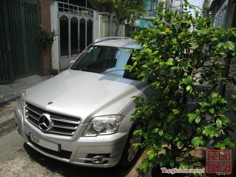 [o.to]mercedes.benz.glk300-05.JPG
