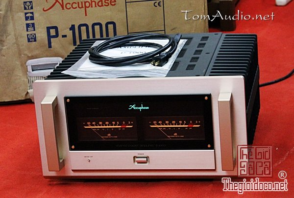 Pow Accuphase P-1000  (1).jpg