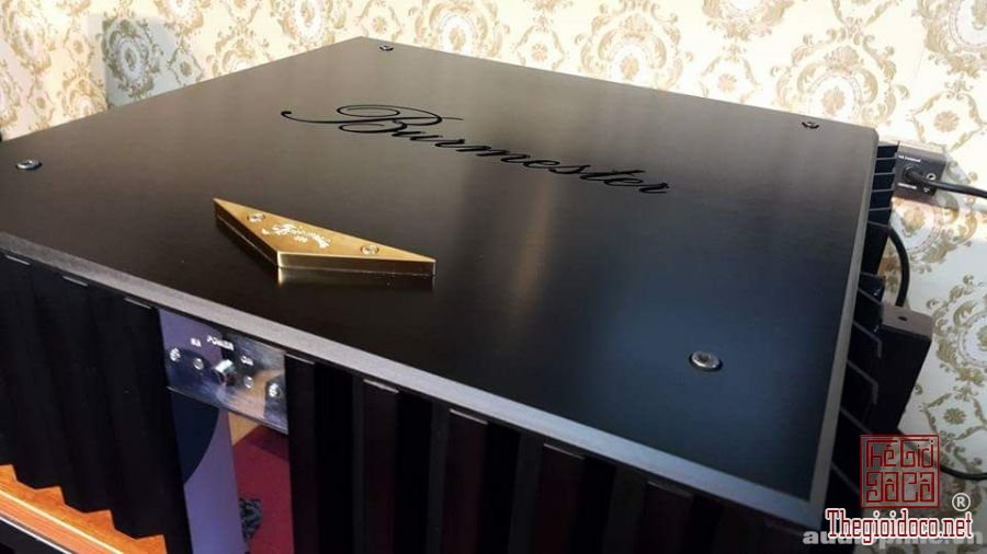 Power amplifier burmester 956 (3).jpg