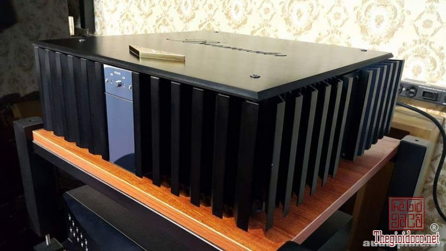Power amplifier burmester 956 (5).jpg