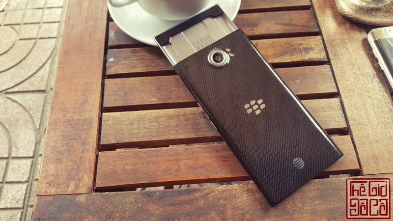 [smart.phone].Blackberry.Priv-05.jpg
