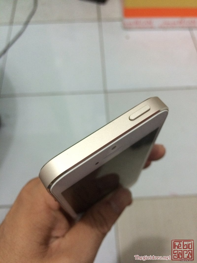 [smart.phone]iphone5s.16gb.gold-02.JPG
