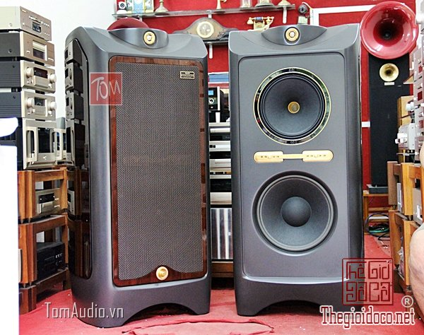 Tannoy Kingdom Royal (1).jpg
