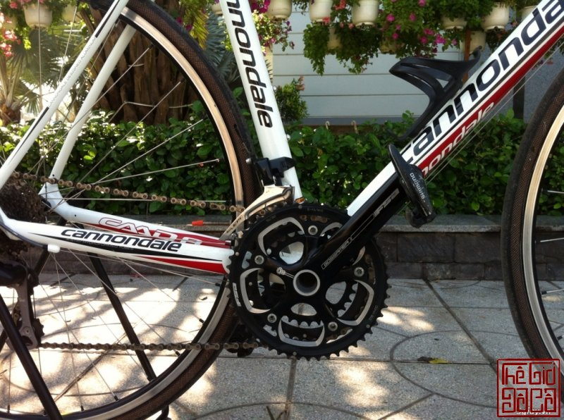 xe-dap-cuoc-the-thao-road-cannondale-caad8-5-105-ban-nhanh-3.jpg