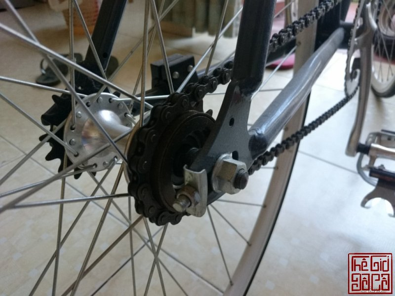 xe-dap-fixed-gear-critical-cycles-nhap-truc-tiep-tu-usa-4.jpg