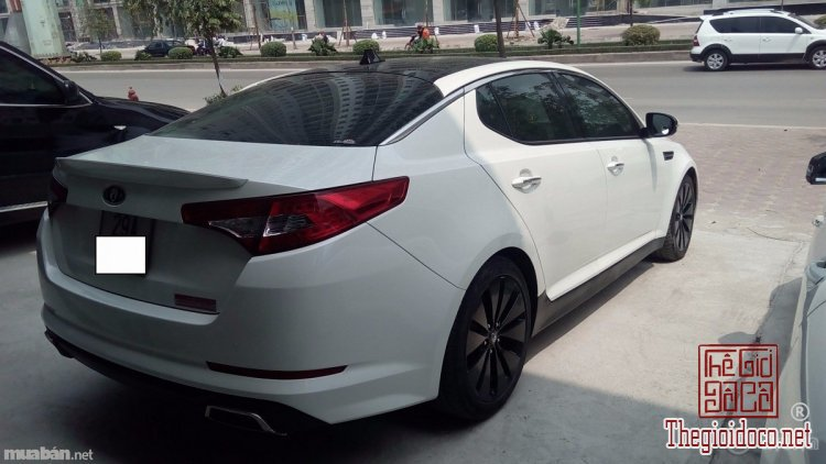 [xe]kia.optima-do.xua-do.la-03.jpg